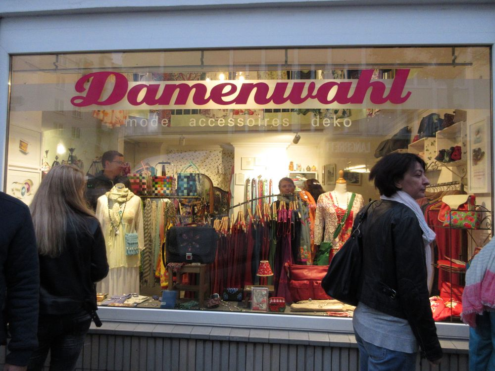 Damenwahl, Ackerstraße 106, Flingern at Night 2016